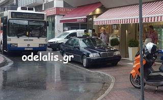 Κατερίνη: Οδηγός πάρκαρε στο πεζοδρόμιο μπροστά στον «Παντελή» & έκλεισε την κυκλοφορία