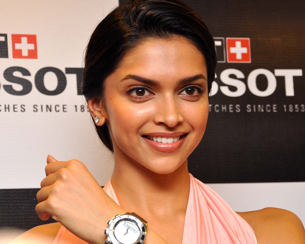 Naked Picture Of Deepika Padukone