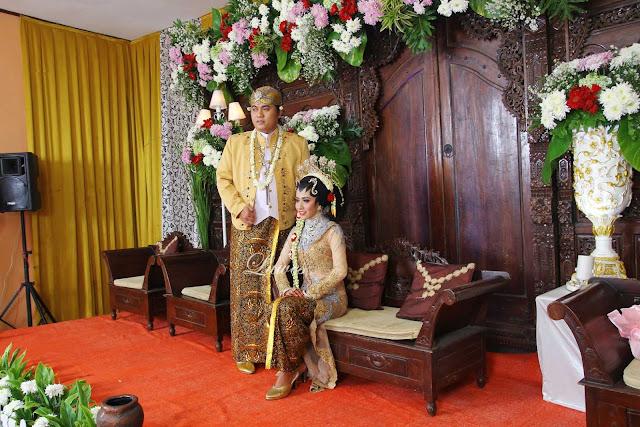 Makeup Artist pernikahan adat jawa modifikasi