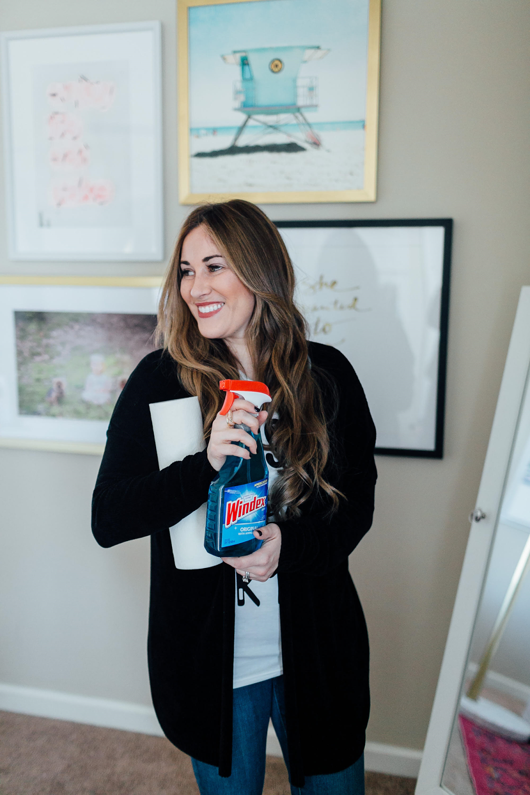 Spring Cleaning Tips to Save Time: 5 Easy Hacks by lifestyle blogger Laura from Walking in Memphis in High Heels