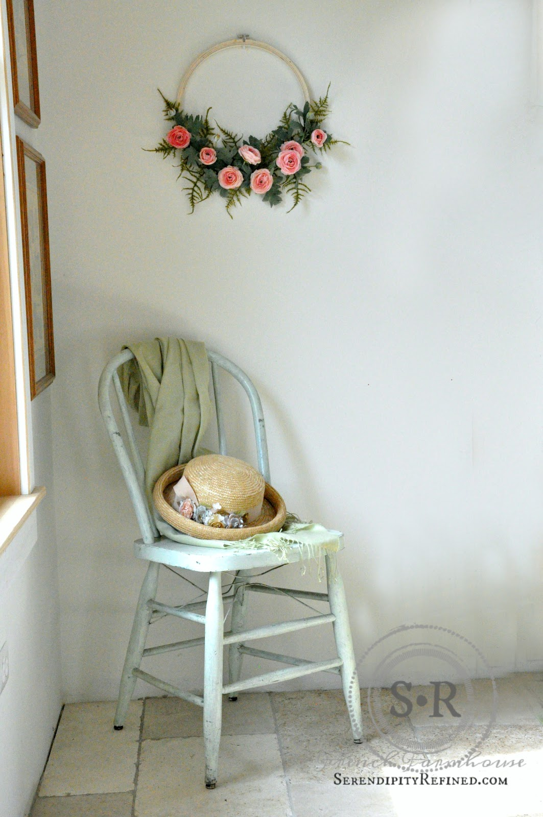 Serendipity refined blog simple minimalist diy spring wreath i hope that youll make one of these simple minimalist diy spring wreaths for yourself i love the ranunculus so much that i may have to go back and pick solutioingenieria Image collections