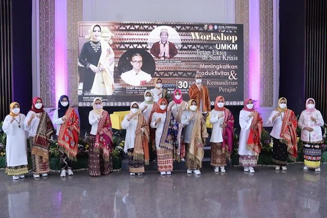 Agar Meningkatkan Produktivitas dan Kemandirian Perajin UMKM Lampung, Gubernur Lampung Buka Kegiatan Workshop Yang Diselenggarakan Dekranasda