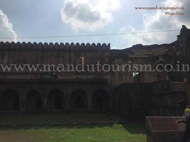 Information about Malik Mughis Mosque