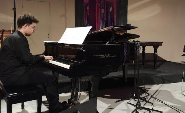 Ρεσιτάλ του Δημήτριου Μέξη από το Ναύπλιο στο κανάλι του Μεγάρου Μουσικής Θεσσαλονίκης
