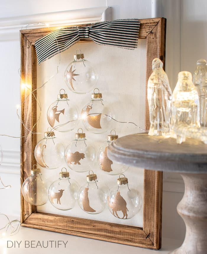 glitter nativity ornament sign