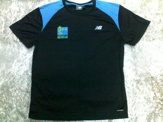 [SOLD] Standard Chartered Marathon Singapore 2009 Completion 42.195km T-Shirt