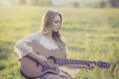 3 cara cepat belajar gitar untuk pemula