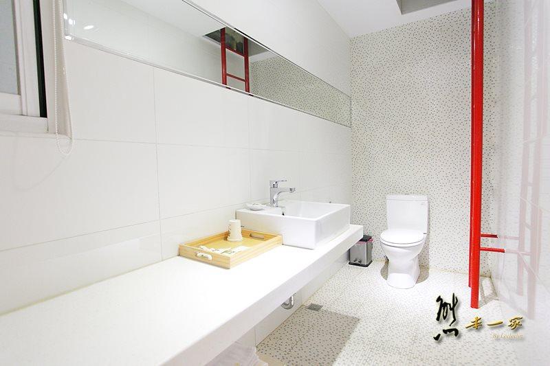 臺東時尚科技感民宿|蒙地拿旅店~寬敞舒適Modena家庭房型