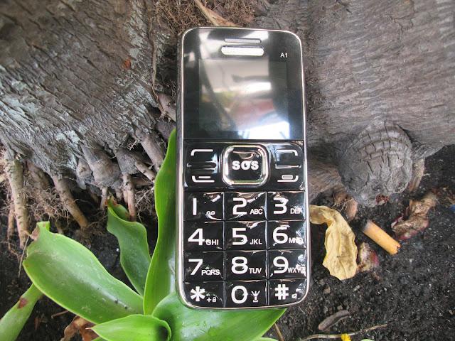 điện thoại pin khủng cho người gìa A1