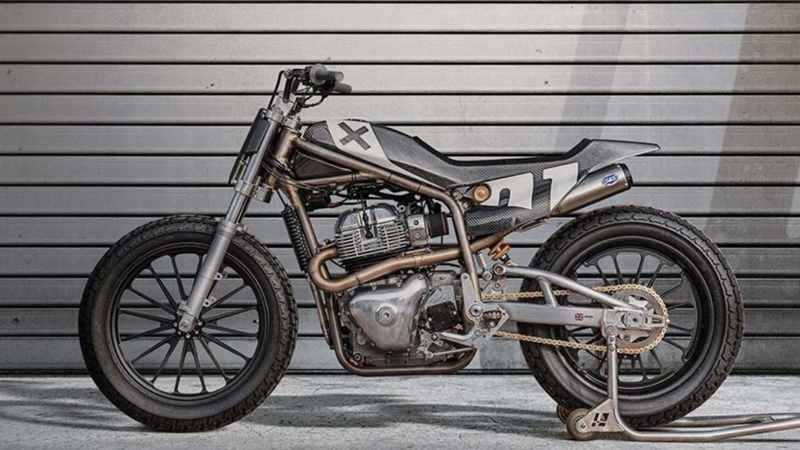 Les Flat tracks.... - Page 3 Flat-track-royal-enfield-650-twin