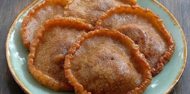 kue Cucur - Kue Basah Tradisional Indonesia