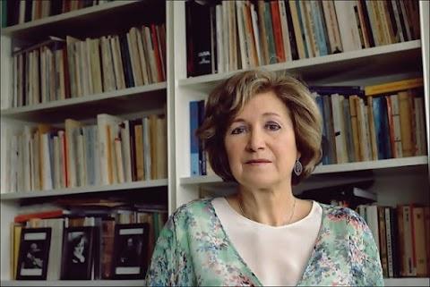 #LASIMPRESCINDIBLES Lídia Jorge (Premio FIL de Literatura en Lenguas Romances 2020) «La literatura es una carta que enviamos a la lejanía. Lejos en el tiempo, lejos en el espacio. A veces la literatura llega a su destino, a veces recibimos noticias de regreso»   | Yaazkal Ruiz