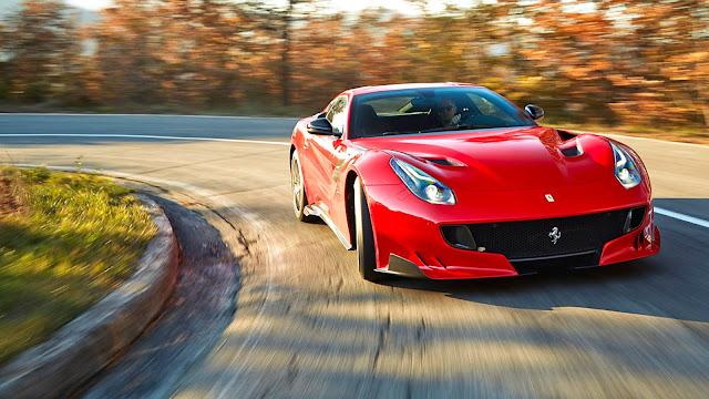 Kereta Ferrari F12 TDF