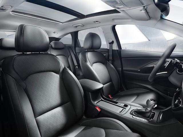 Novo Hyundai i30 Wagon 2018 - interior