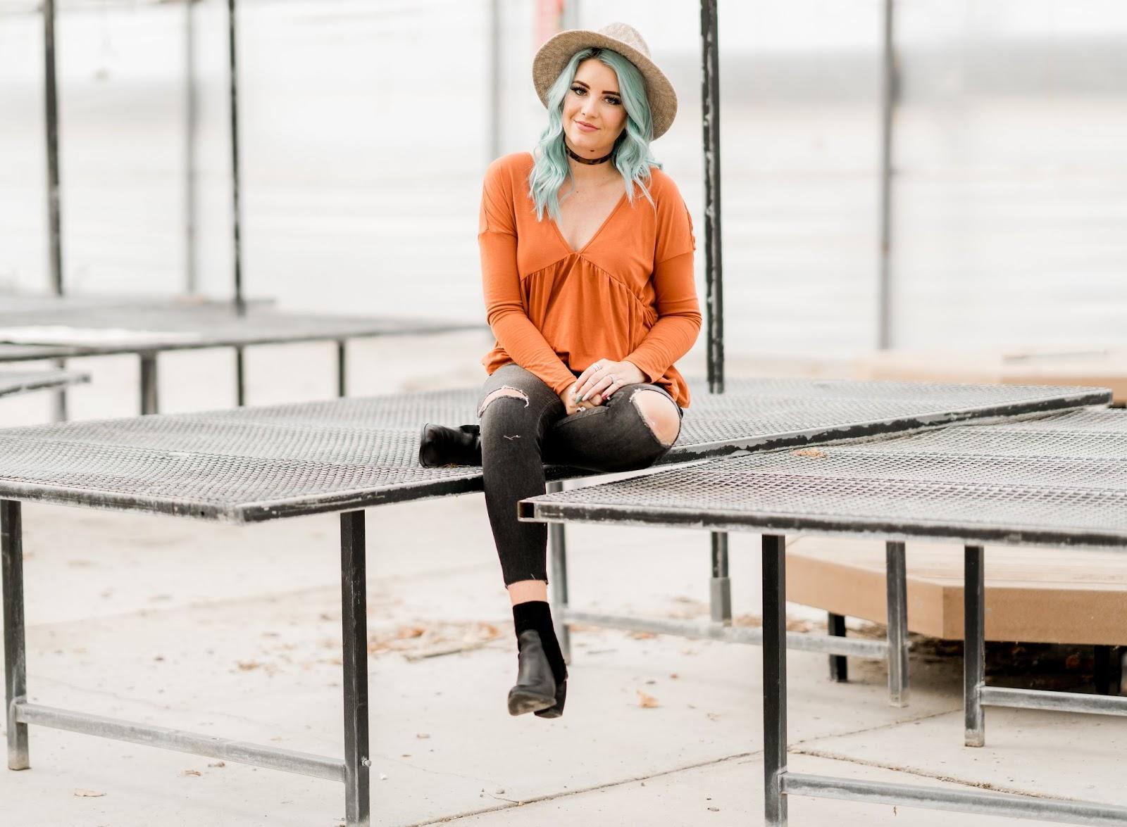 Orange Shirt, Pregnancy Outfit, Pregnancy Style