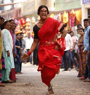 Akshay-who-is-seen-as-a-transgender-in-the-film-gave-this-special-message