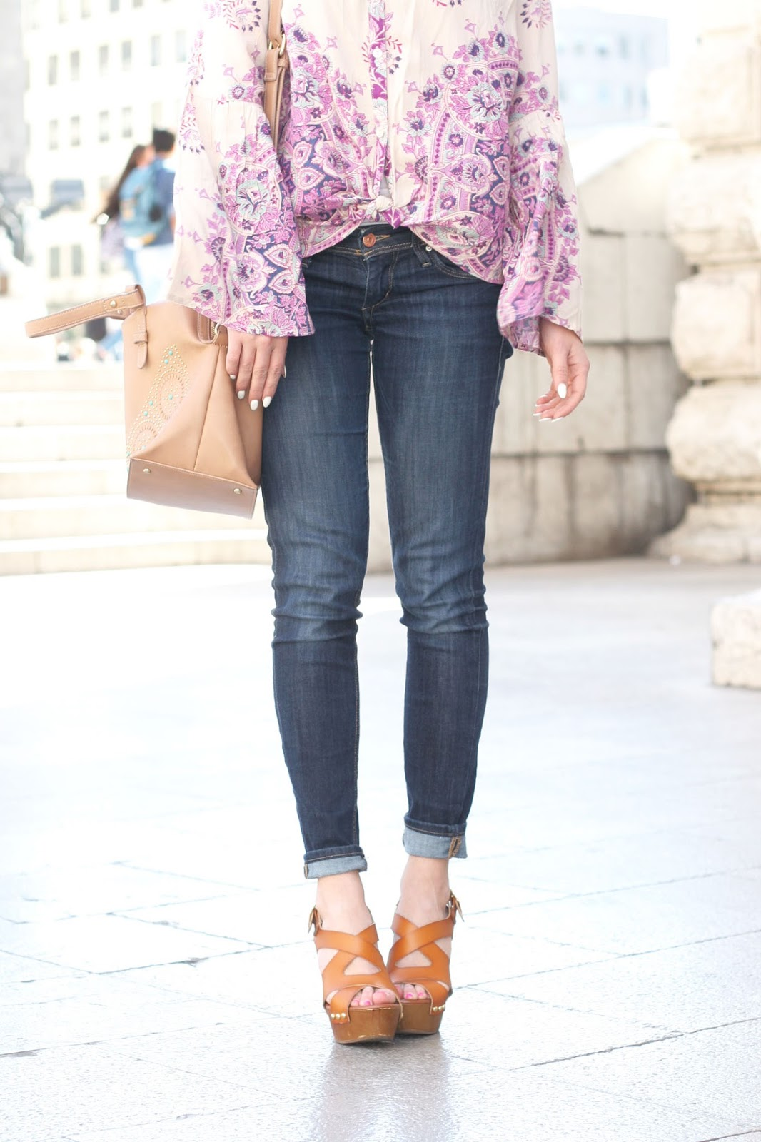 boho-perfect-streets-style-look-with-paisley-blouse