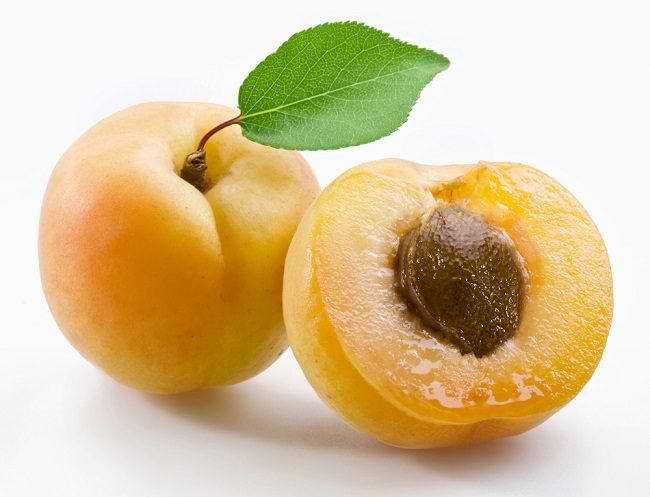 Cara Menghaluskan Kulit Wajah Secara Alami dengan aprikot
