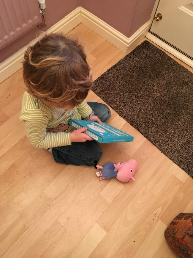 toucanBox-Subscription-Box-review-toddler-opening-the-box