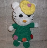 http://www.amigurumis4you.com/article-patron-kitty-77171059.html
