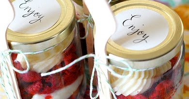 wedding cake in a jar fly me to the moon fabulous favors cake in a jar 22964