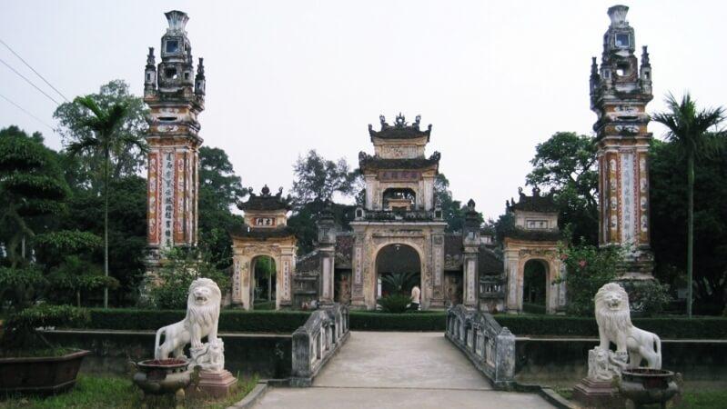 Khu danh lam đền Bà Triệu
