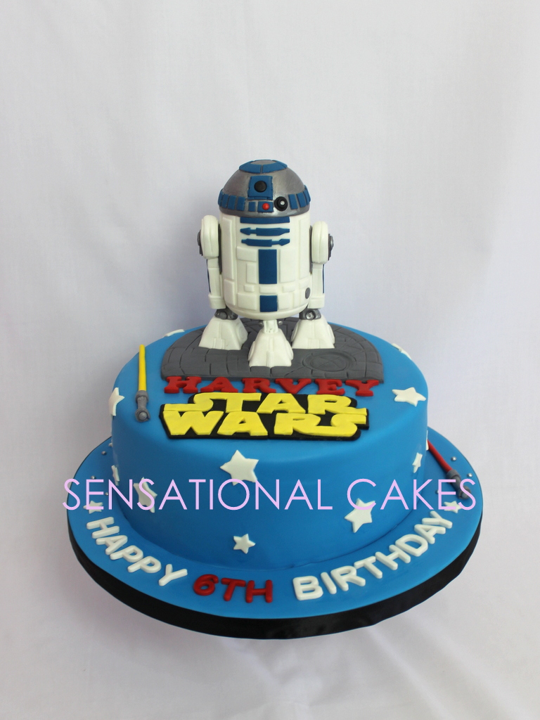 The Sensational Cakes R2d2 Sugar Figurines 3d Handcrafted Cake