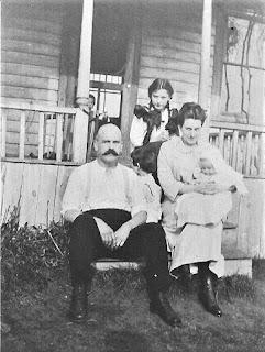 1x Grandparents Roy & Hattie & kids