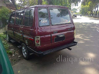 parkiran di sekitar Polsek Pulogadung, Jakarta Timur