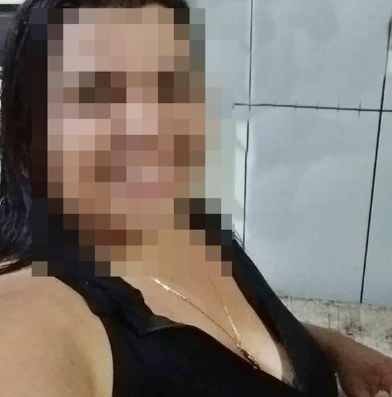 Mulher assassinada a tiros dentro de casa na Baixada Campista