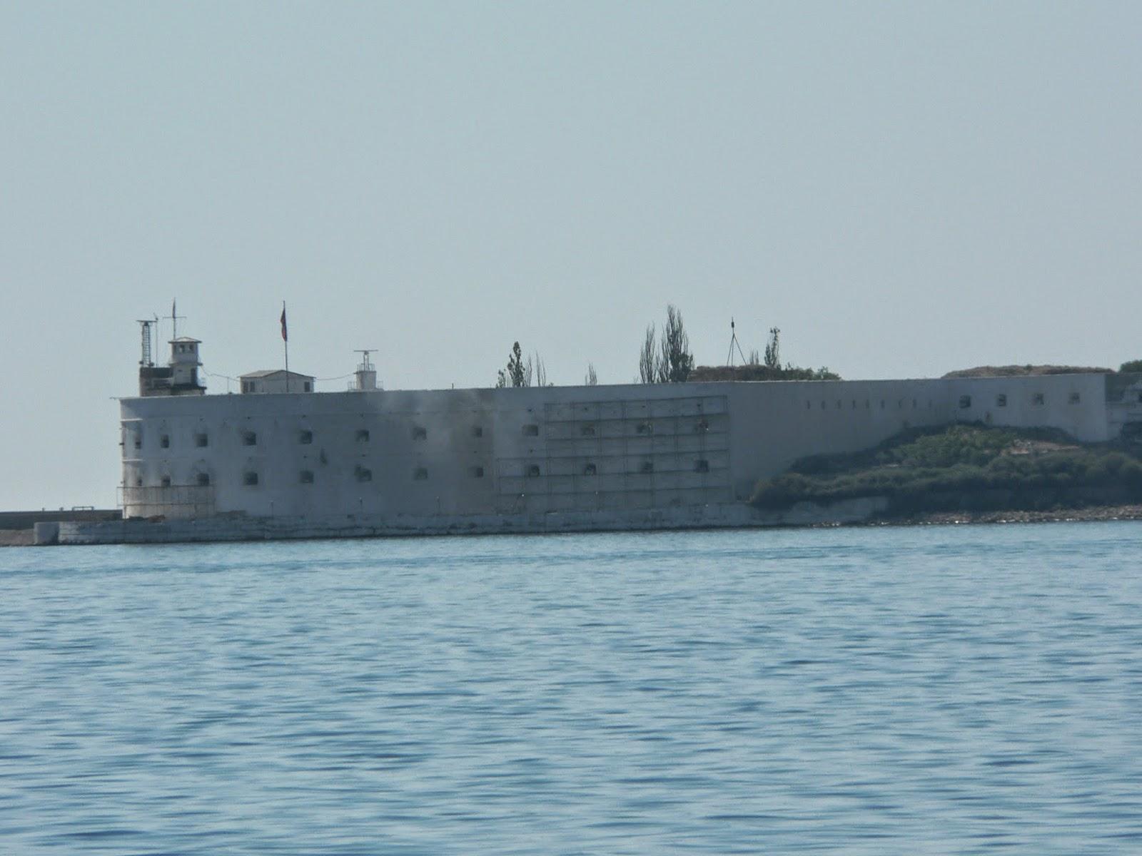 Форт-в-Севастополе