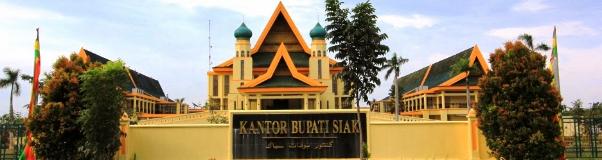 Gedung kantor Bupati Kabupaten Siak
