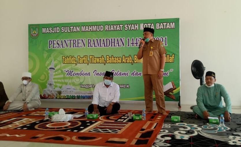 Pesantren Ramadhan Dibuka di  Masjid Sultan Mahmud Riayat Syah, Ini Materi Yang Disampaikan Kepada Peserta