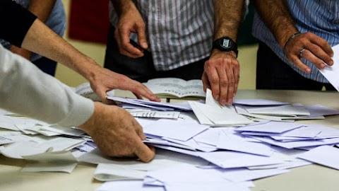 Ma éjfélig kell dönteniük a bizottságoknak a jelöltek nyilvántartásba vételéről