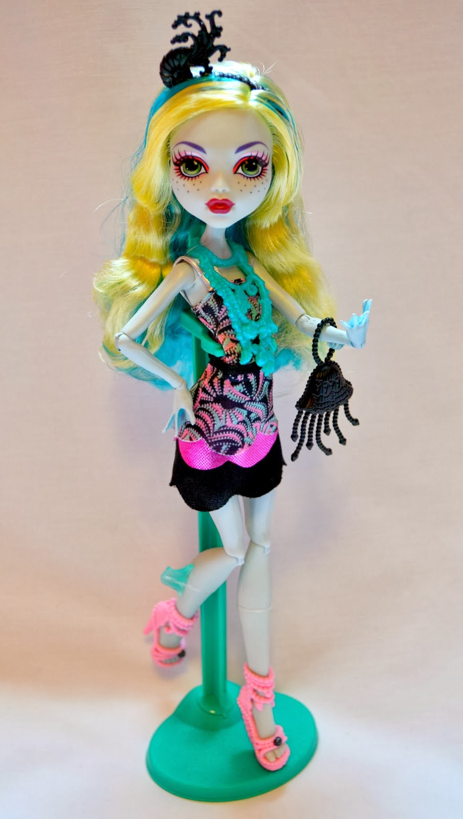 The Doll Grotto Monster High Frights Camera Action Black