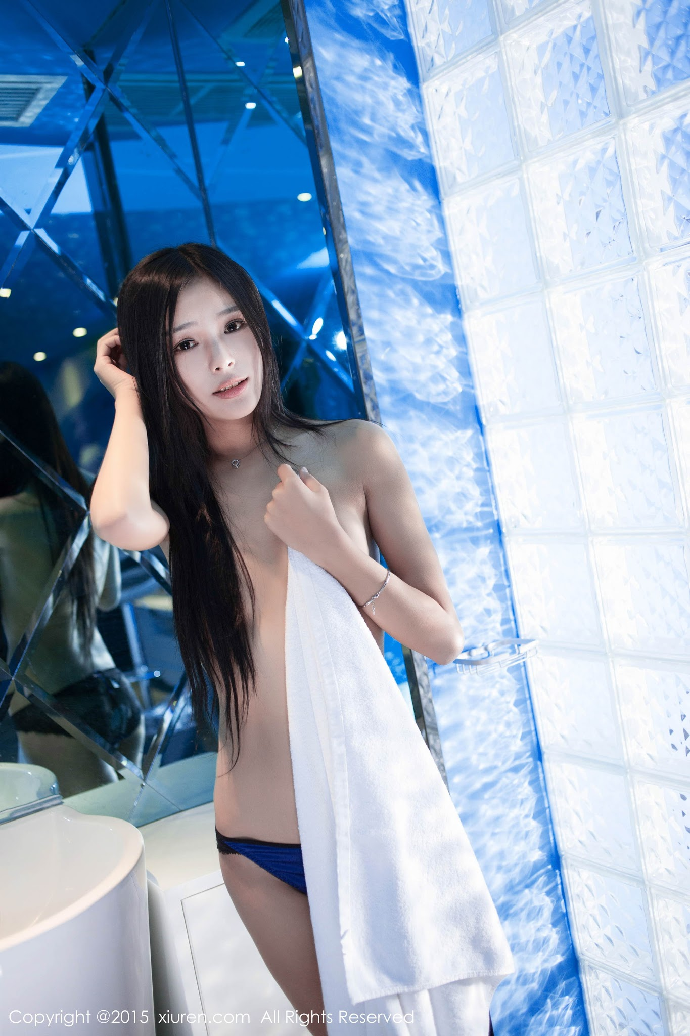 Li Yu Xin 李雨昕 Cute Young Chinese Girl Topless Gallery ...
