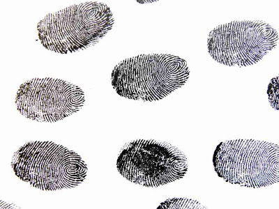 who Discovered fingerprints in hindi