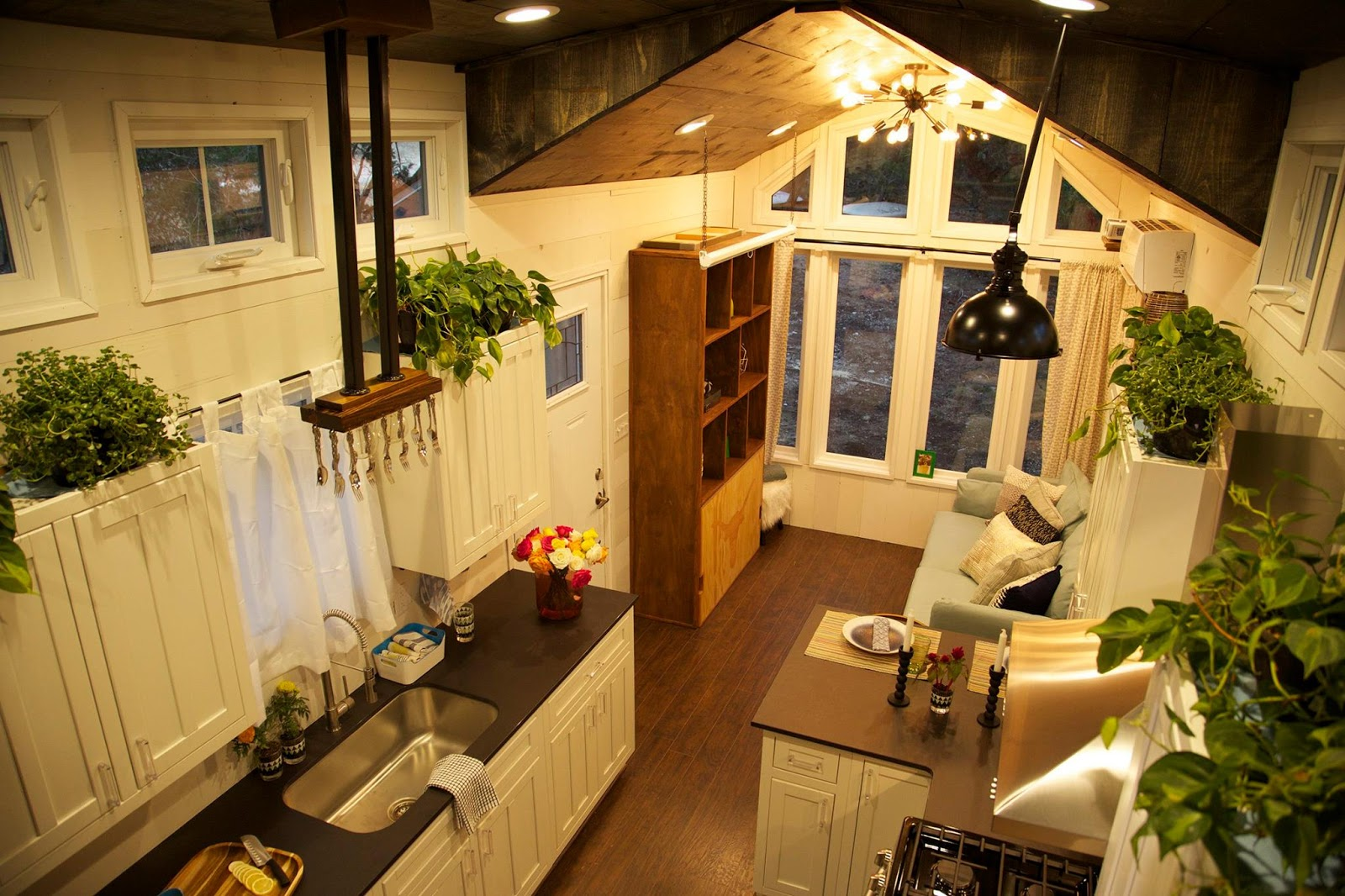 Tiny House Town The World Travler House 250 Sq Ft