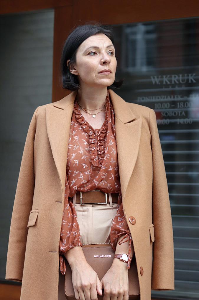 Moda po czterdziestce minimalissmo