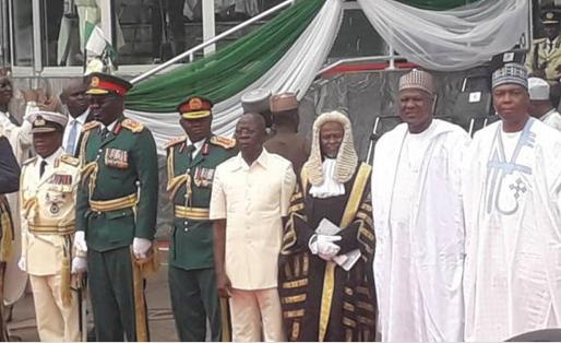 Oshiomhole-embarrassed-for-breaching-protocol-at-Buhari-inauguration