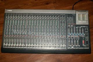 Mixer 24 channel terbaik