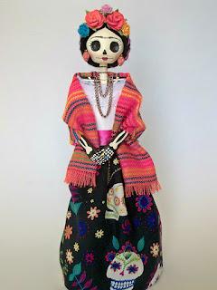 Calaveras Mexicanas de papel crepé