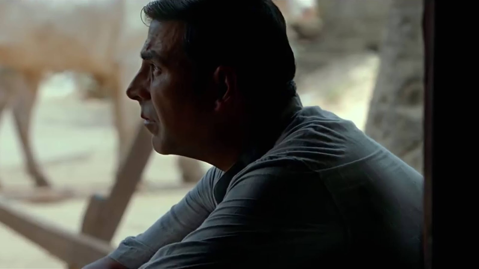 padman movie hd wallpapers download free 1080p
