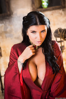Romi-Rain-%3A-Queen-Of-Thrones-Part-2-%28A-XXX-Parody%29-%23%23-BRAZZERS-w6wuidqfjd.jpg