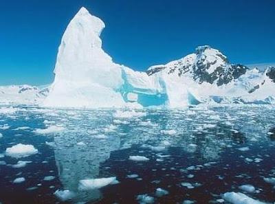 Foto de glaciales deshielándose por el Día Meteorológico Mundial