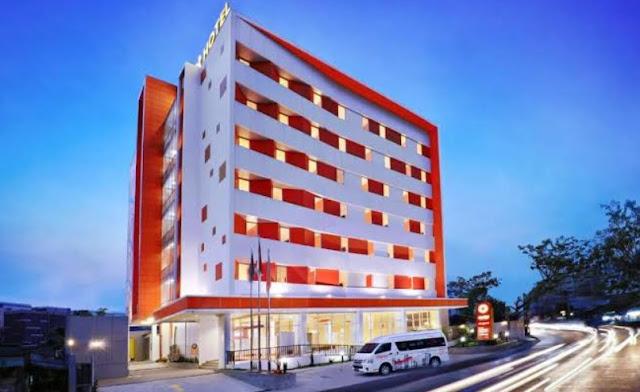 Cari-Hotel-Dekat-Bandara-Soekarno-Hatta-Scarlet-Hotel-Solusinya