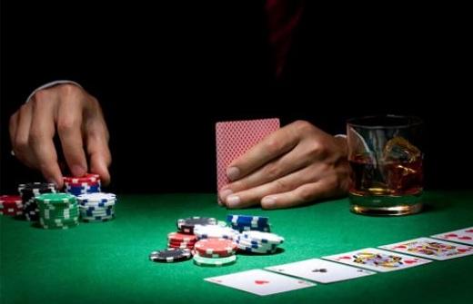 Thuật ngữ cơ bản về hành động chơi trong Poker