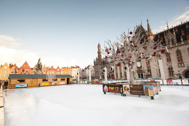 Pista di pattinaggio-Markt-Bruges