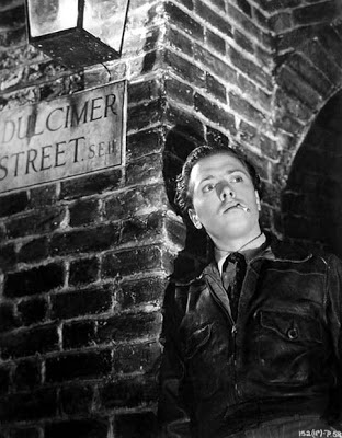 Photo still of Richard Attenborough as Percy Boon in the 1948 movie 'London Belongs To Me'