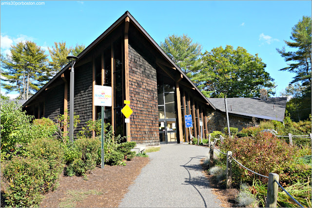 Kittery Visitors Center, Maine